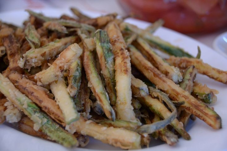 Delicious fried zucchini - Greek style!