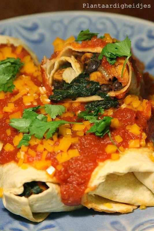 Plantaardigheidjes: Zoete aardappel, cavolo nero en zwarte bonen enchilada's