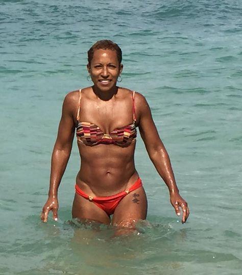 Amateur Ebony Mother Pals Daughter Hot