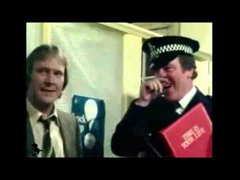 Dennis Waterman - I Could Be So Good For You (1983) - YouTube