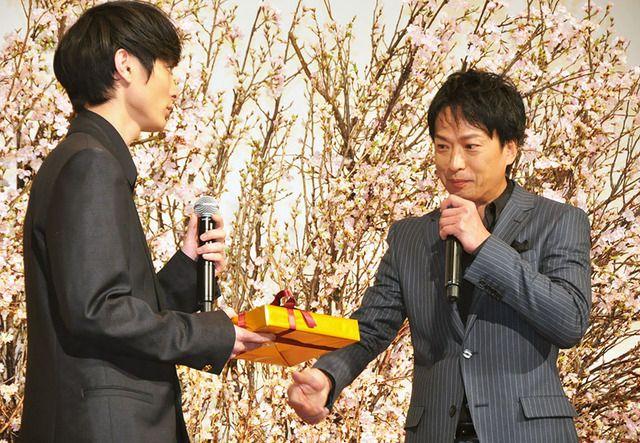 高良健吾&椎名桔平/『悼む人』初日舞台挨拶