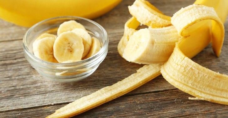 Att slänga ett bananskal betyder att slänganågonting väldigt värdefullt,som kan ge oss mycket näring. Det är också gott och både barn och vuxna brukar gilla det. Bananskal innehåller nämligen…
