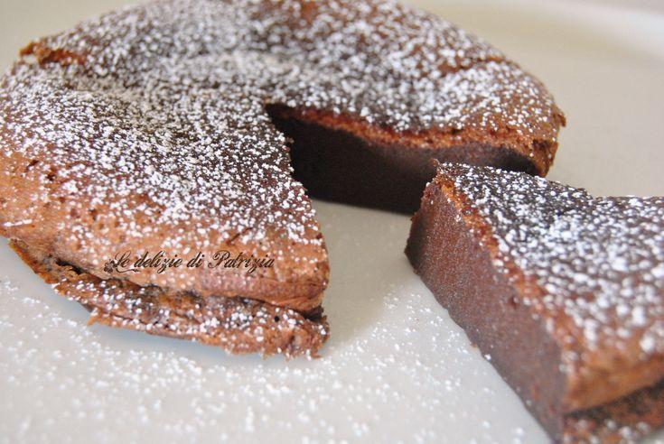 Torta cremosa alla nutella (senza farina) ©Le delizie di Patrizia Gabriella Scioni Ricette su: Facebook: https://www.facebook.com/Le-delizie-di-Patrizia-194059630634358/ Sito Web: https://ledeliziedipatrizia.com