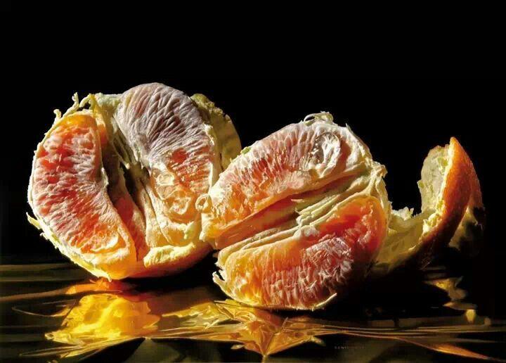 Luigi Benedicenti (Italian, b. 1948) - hyper-realism, fruit http://www.albemarlegallery.com/artists/luigi-benedicenti