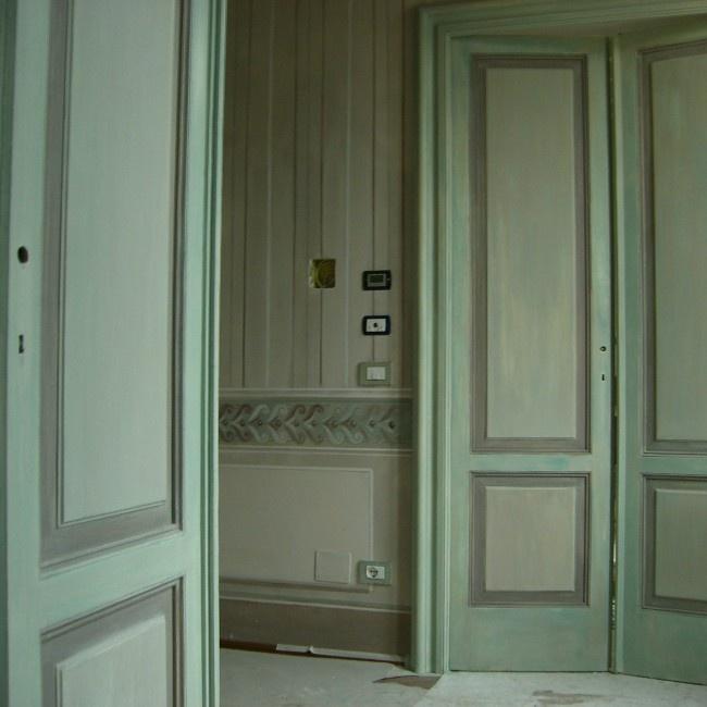 Porte dipinte | Porte dipinte con velature di colori alla caseina