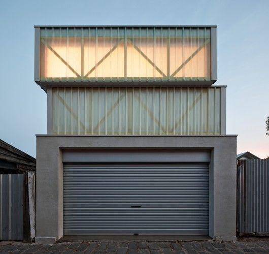 Architects: Jean-Paul Rollo Architects Location: Middle Park VIC 3206, Australia Photographs: Peter Bennetts