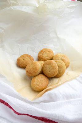 Tengo un horno y sé cómo usarlo   Recetas & fotos   Cocina paso a paso  Food   Spanish   Recipes: Galletas de aceite de Inca (Quelitas)