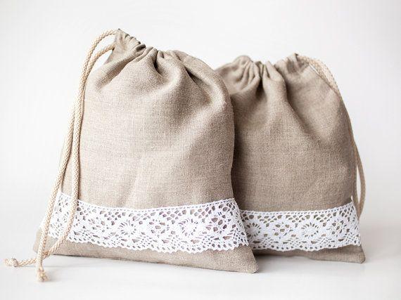 Linen gift bag  Drawstring natural organic by lefthandedcraftclub, $6.99  #EtsyEurope #Christmasgiftbag