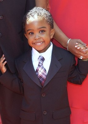 the kid from Daddy Day Care. cutest kid I've ever laid eyes on