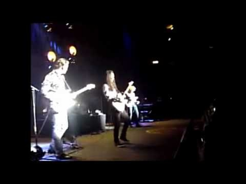 Mick hucknall i 39 d rather go blind american soul royal - Ed sheeran give me love live room ...