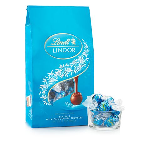 Sea Salt LINDOR Truffles 75-pc Bag | Lindt Chocolate #lindorsmoothstyles