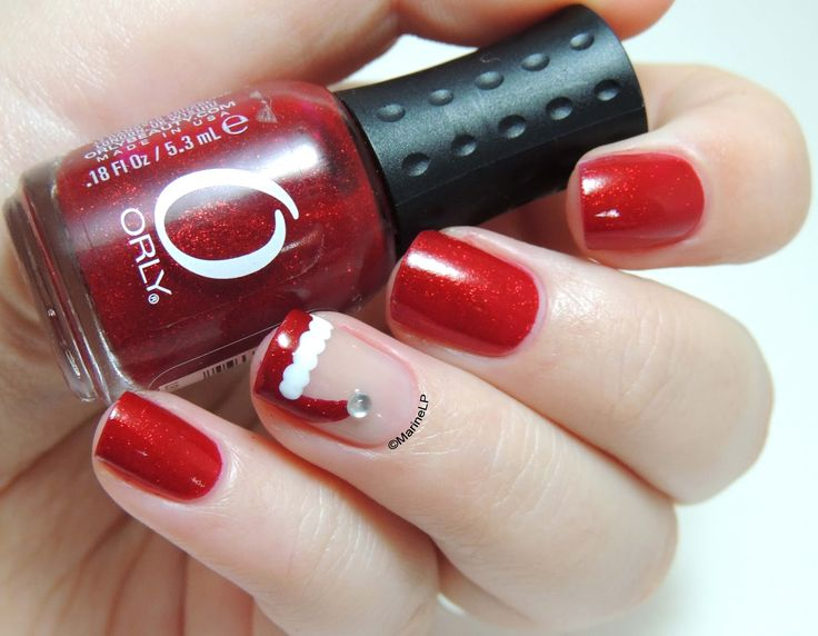 Marine Loves Polish: Santa's hat [Christmas Nails #4]