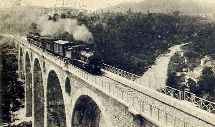 Viadotto ferroviario sul torrente Ardo, Belluno Dolomiti Veneto Italia