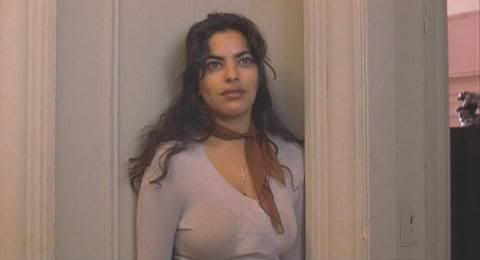 Sarita Choudhury in Gloria (1999)