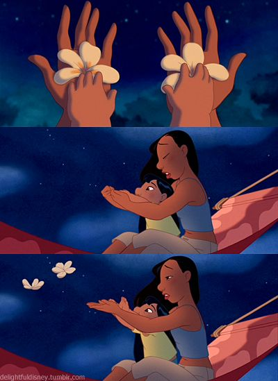 lilo <3  ~This scene made me cry so much. I may be the younger one, but it would protect and do anything my sister. I can't imagine being separated from her.