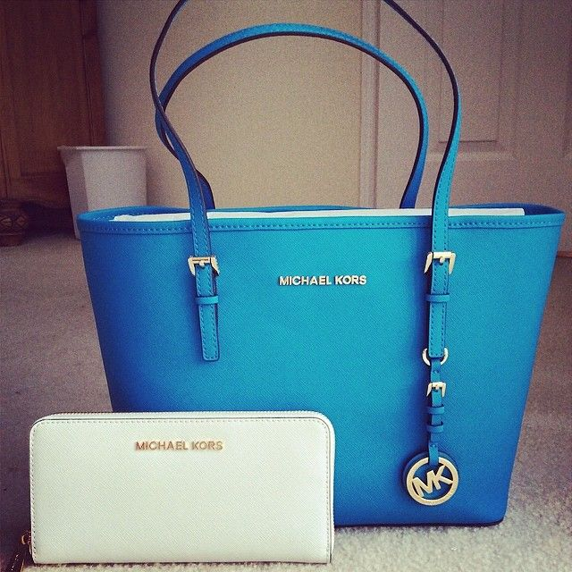 Love This Mk Handbag Perfect With Any Outfit And Always At The Lowest Price