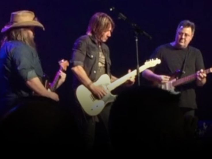 "Country Radio Seminar attendees got an extra serving of dessert at Universal Music Group's lunch show today at the Ryman Auditorium.  As Keith Urban finished the final verse of his latest hit, ""Blue Ain't Your Color,"" he was joined onstage by Chris Stapleton and Vince Gill for an amazing three-gui"