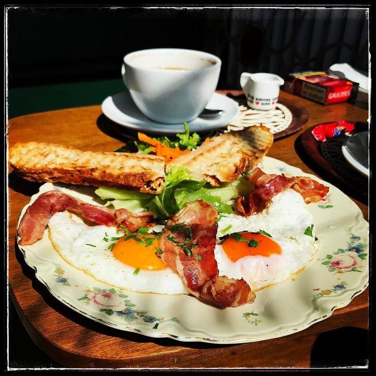 Let's start the Day in Nürnberg... https://089DJ.com #089DJ #perkins #djslife #münchen #partyforall #hearitfirst #soundjunkie #eventlocation #nürnberg #salonregina #frühstück #breakfast