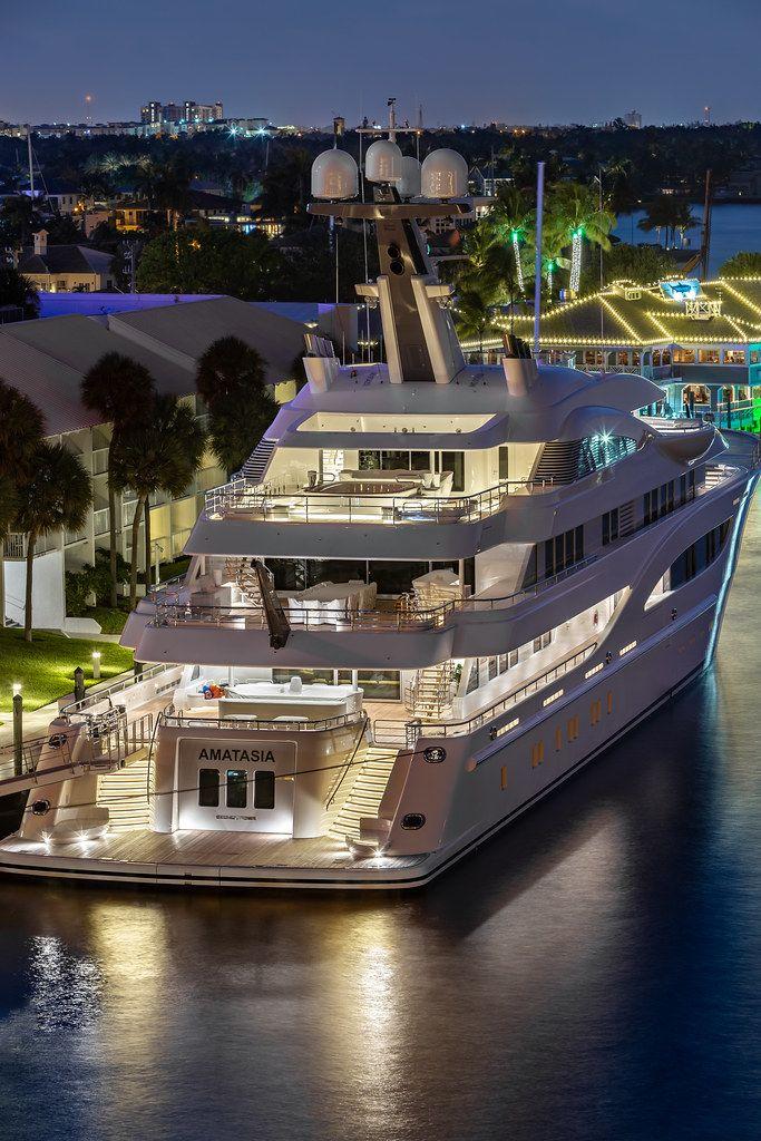 Superyacht Amatasia Fort Lauderdale Yacht Ohayacth Motoryacht Luxurylife Luxury Rich Boats Luxury Luxury Yachts Cool Boats