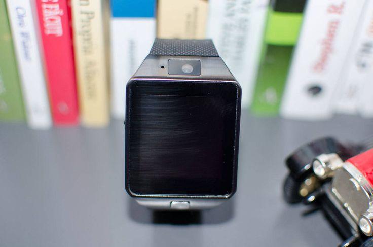 DZ09 MTK – probabil cel mai ieftin smartwatch din România . DZ09 MTK este probabil cel mai ieftin smartwatch de pe piața din România. Dispune de majoritatea funcțiilor unui smartwatch de top. https://www.gadget-review.ro/dz09-mtk/