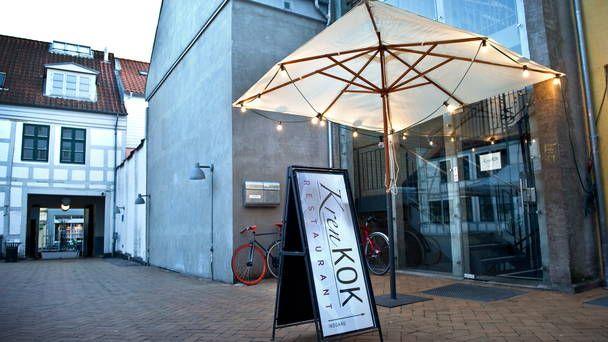 KrenKOK Vestergade 75, Gården tv. 5000 Odense C Tlf. +45 30 13 72 00 Onsdag - lørdag 17.00 - 21.30 http://www.krenkok.dk/