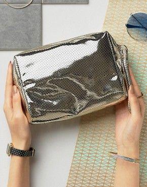 ASOS Выход | Дешевые кошельки и сумки | Дизайнерские сумки на выходе