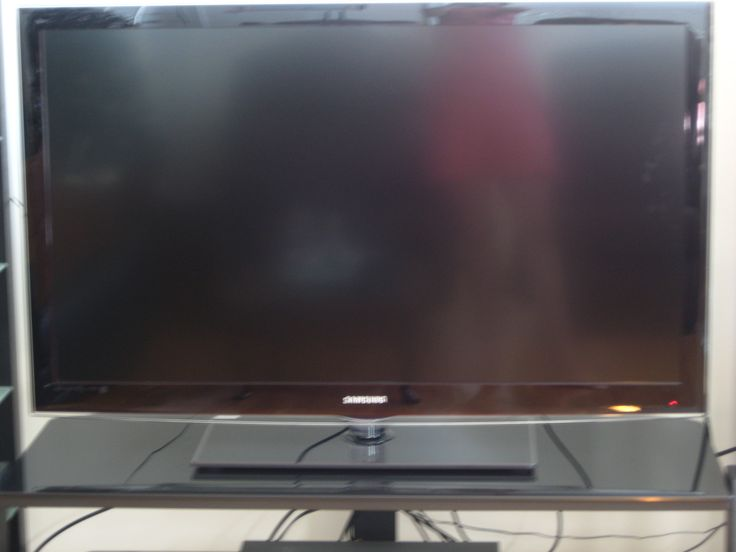 Check out this Samsung 46 Inch LCD TV Review, before buying your next television.
