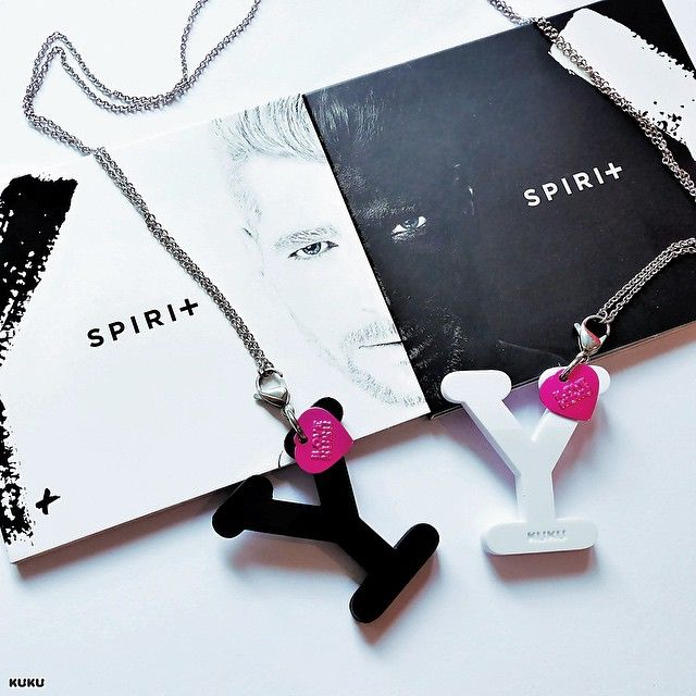 Skvelé albumy Majka Spirita YY zbožňuje aj KUKU Ⓨ➕Ⓨ #Y #majkspirit #blacktour #spirit84 #whiteY #spiritmusic #ilovekuku  www.ilovekuku.com