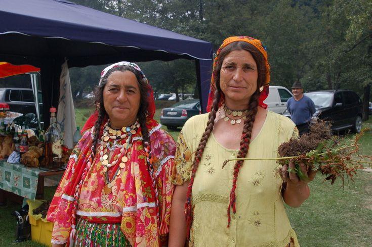 Elder Beauties at Costesti Festival.