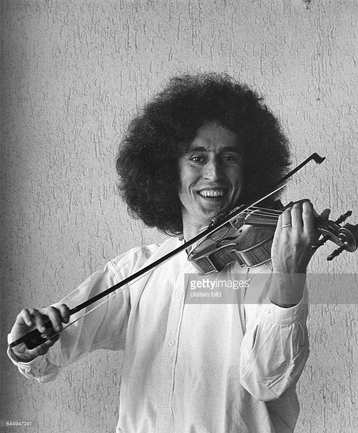 Angelo_Branduardi_(12 febbraio 1950)
