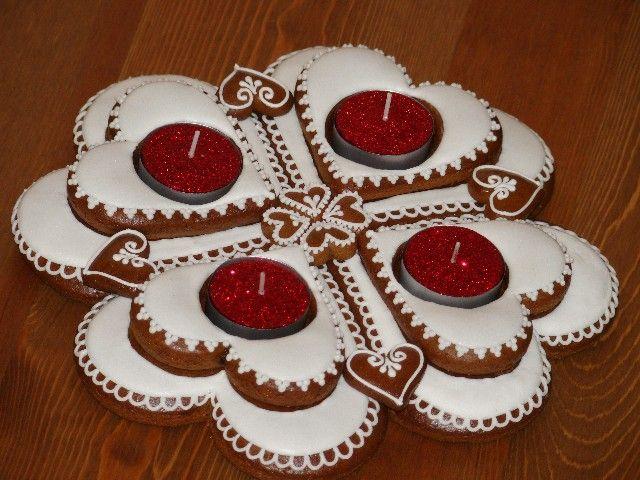perníkový adventní věnec Advent wreath from gingerbread