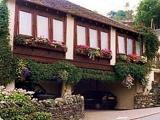 Coniston Lodge Apartments for holidays in Coniston, Lake District E2780