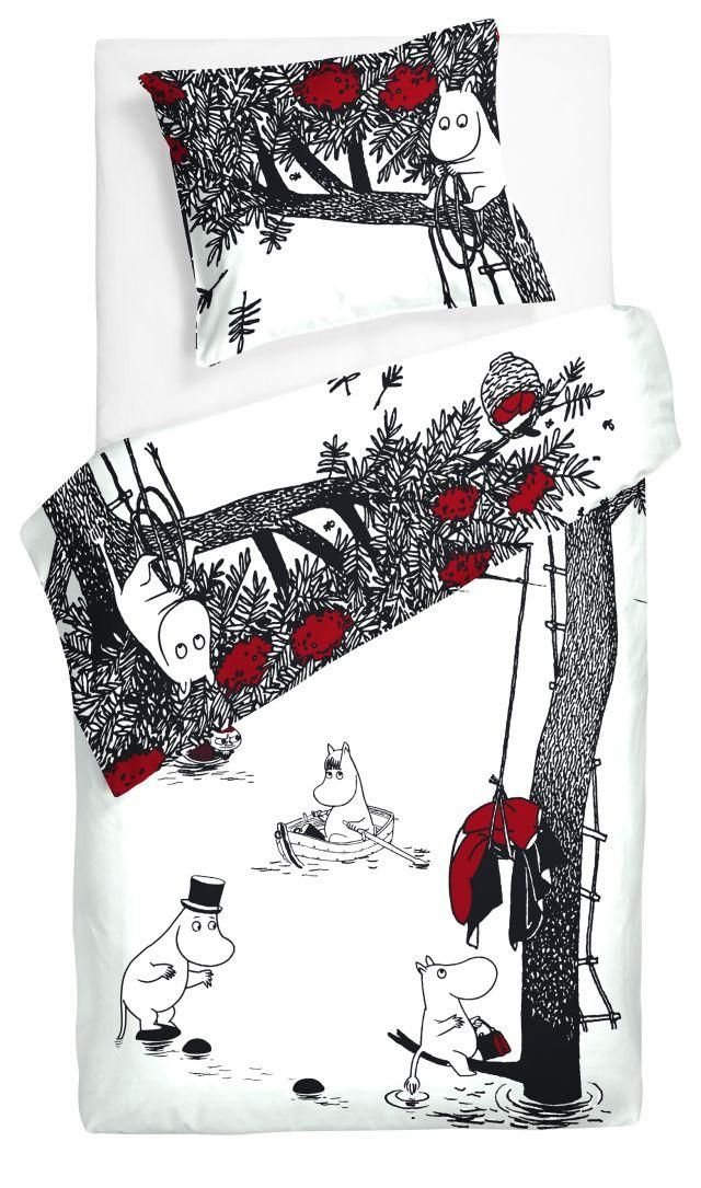 Moomin bedding.
