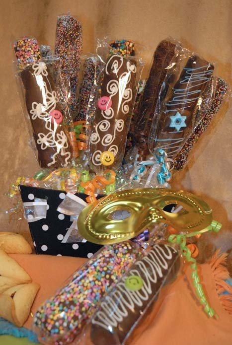 33 Best Purim Décor Images On Pinterest  Masquerade Ball