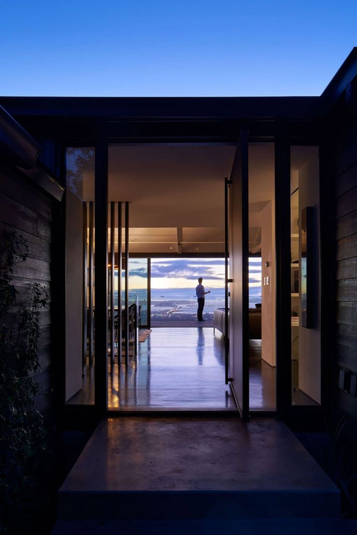 Hillside california home with gorgeous outdoor spaces - Axelrod Architects Renovates Hillside Home To Enhance Vistas Of San Francisco Bay