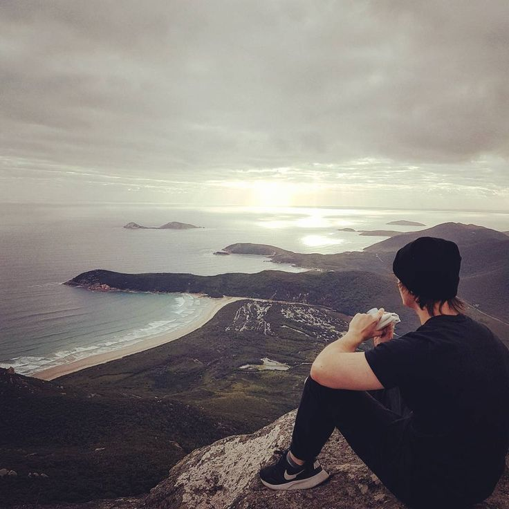 "Polubienia: 8,215, komentarze: 132 – Grace (@tommy.craze) na Instagramie: ""On top of MOUNT KURWA """