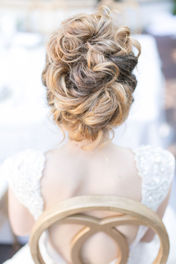 timeless southern white wedding inspiration | hair. | bridal
