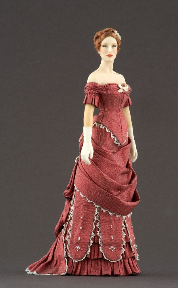 NAME: Jane  PERIOD: 1877-1879  PRICE: 500 euros   Ball dress in shantung silk trimmed with cotton lace, flounces, silk thread embroideries made by hand and ribbons.