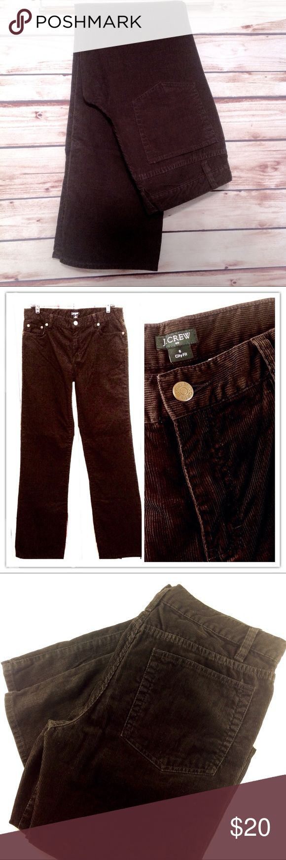 """J. Crew City Fit Brown Micro Cord Pant Size 6 EUC Excellent condition! J. Crew very dark coffee brown micro cords. Size 6. City Fit. Straight leg. Waist 31"""", Inseam 32"""". 100% Cotton.                                                    🔹Please ask all your questions before you purchase! I am happy to help! 🔹Sorry, no trades or holds. 💕Happy Poshing! J. Crew Pants Straight Leg"""