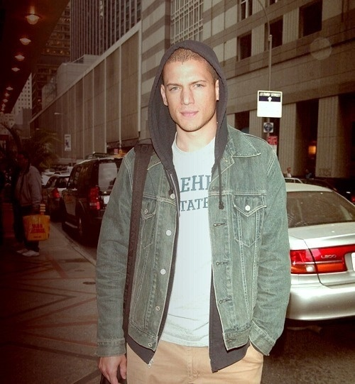 Oh Yes. Never thought I could fall in love with an inmate. Wentworth Miller #PrisonBreak