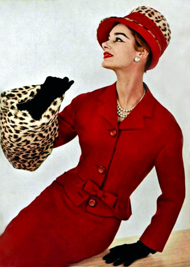 Pierre Balmain 1956 - ooh to be this supremely stylish!
