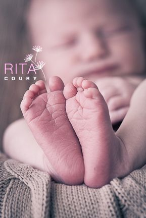 All Natural Light Newborn Photography www.RitaCouryPhotography.com