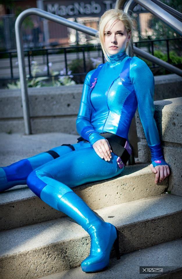 Samus Aran (Zero Suit) - Elle - Sexy Cosplayers | S