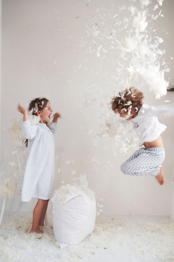 Happy Kids in White // Photographer Polly Wreford http://www.pollywreford.com/ ❤ This picture!