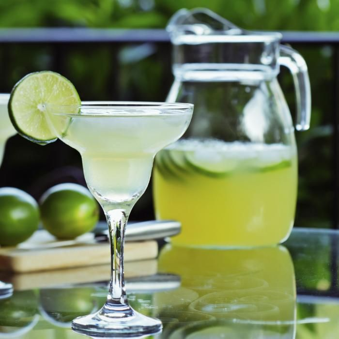 A traditional margarita. #margaritaHappy Hour, Margaritas For A Crowd, Perfect Margaritas, 10 Margaritas, Margaritas Recipe, May 5, Foxes News, Drinks, News Magazines