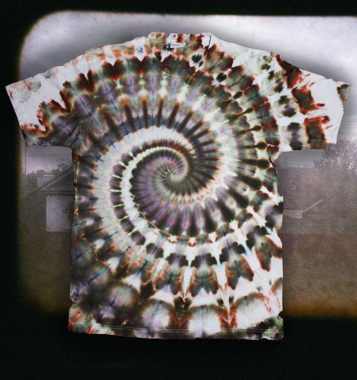 Футболка  Tie Dye Ice Dye Пейзаж Из Электрички размер XL by OtdelMaljaraTieDye on Etsy