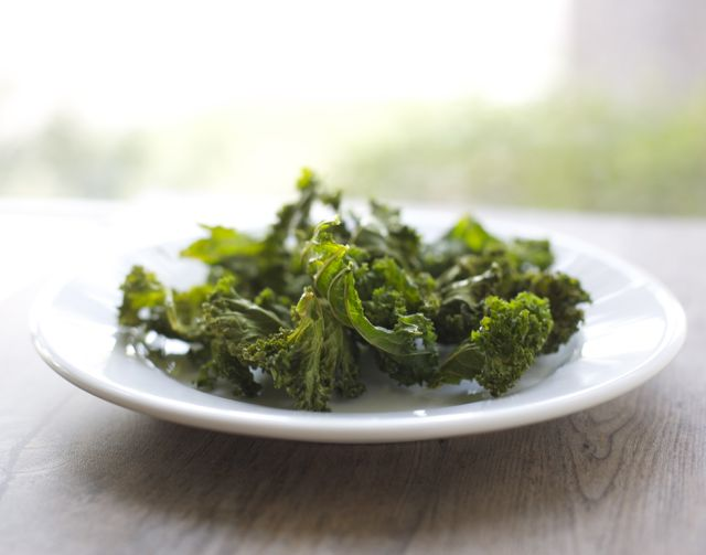 Chips de kale o acelga / Kale Swiss chard chips | En mi cocina hoy