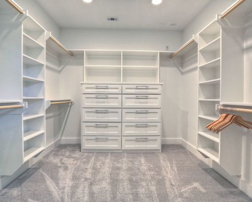 10x10 closet design ideas remodels photos - Master Closet Design Ideas