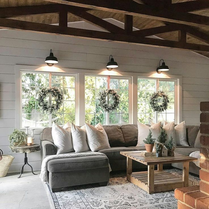 Best 25+ Farmhouse family rooms ideas on Pinterest | Living room ...