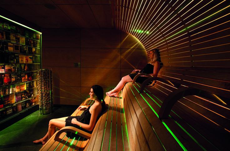 Vital Sauna - 14 Photos - Hot Tub & Pool - Oerdijk 128, Schalkhaar ...